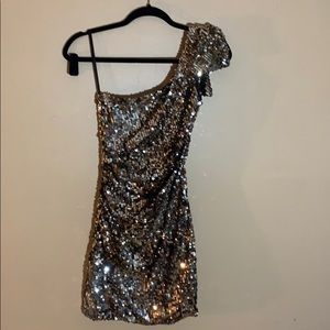One shoulder sequin dress mini